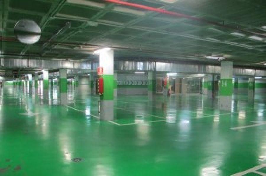instalacion-iluminacion-led-aparcamiento-centro-comercial