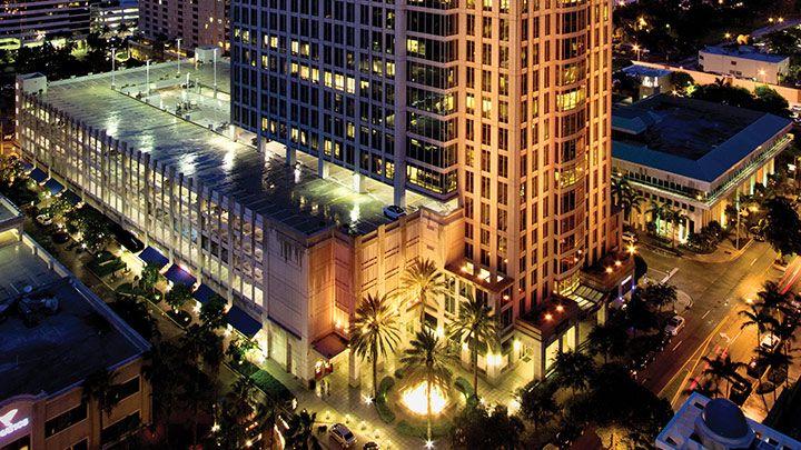 ejemplos-Edificios-luz-LED