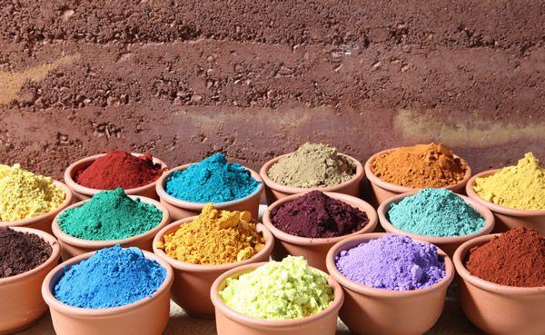 material-construccion-sostenible-pintura-ecologica