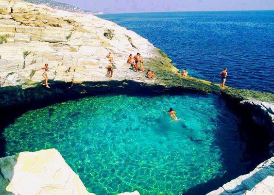 piscinas-naturales-bellas-grecia