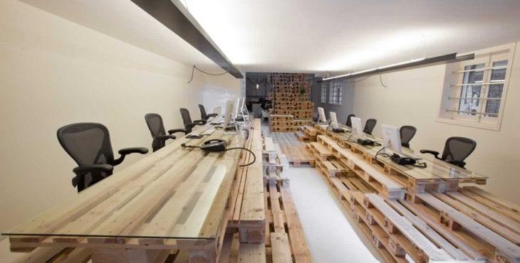 muebles-oficina-materiales-reciclados-mesa-palet