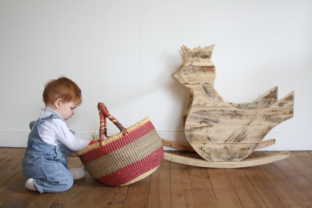 muebles-infantiles-materiales-sostenibles-caballito-palets