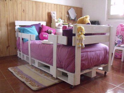 muebles-infantiles-materiales-sostenibles-cama-palets