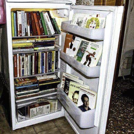 reciclar-nevera-libreria