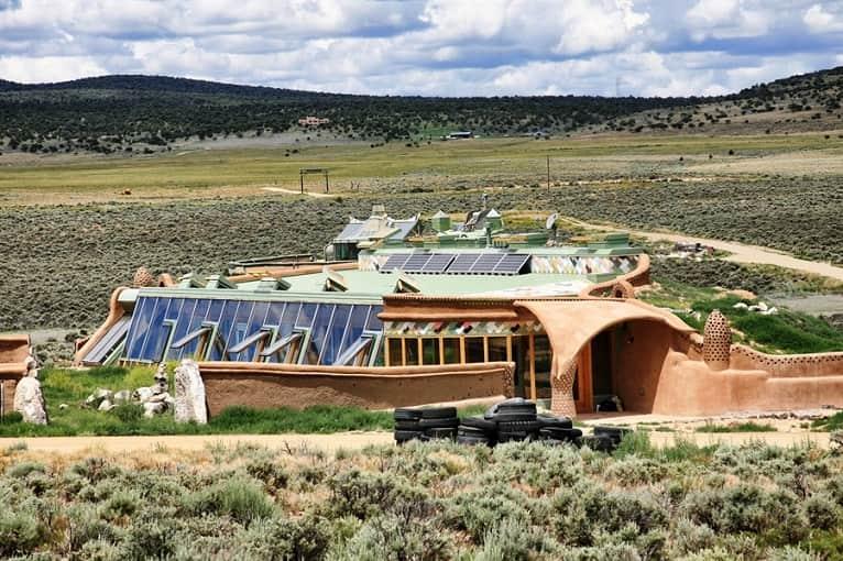 casas-sostenibles-originales-arquitectura-basura