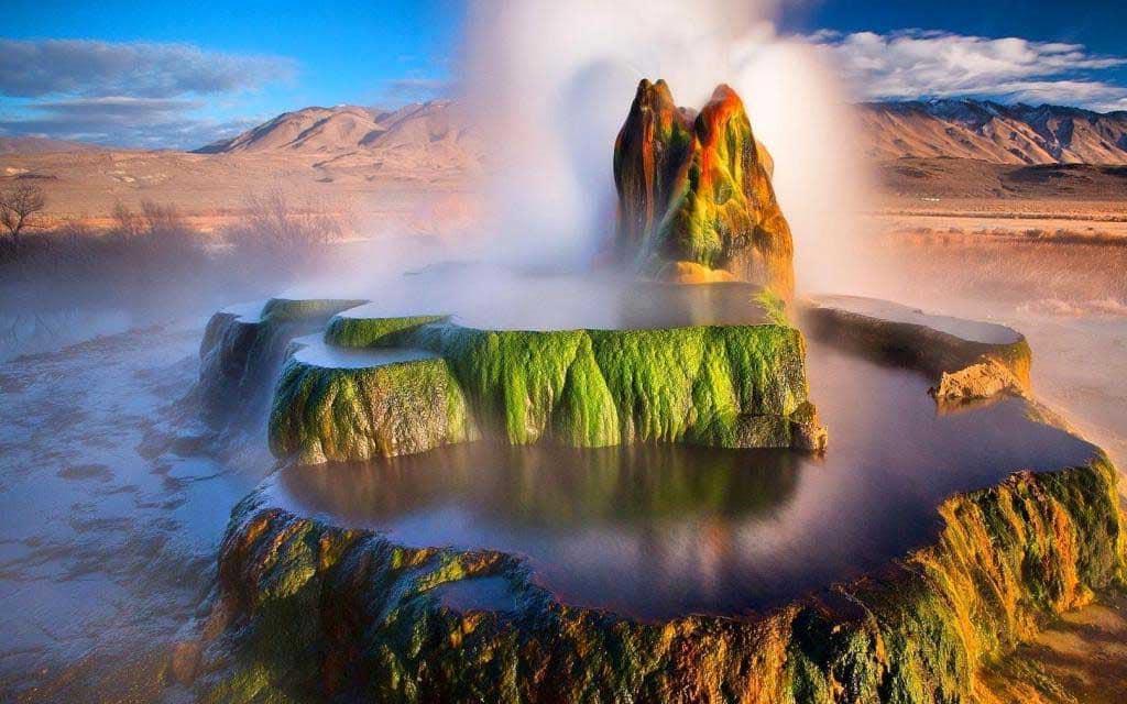 paisajes-increibles-mundo-geiser-fly-eeuu
