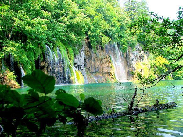 paisajes-increibles-mundo-lago-plitvice-croacia