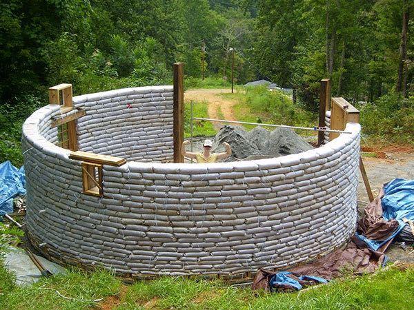 casas-sacos-tierra-construccion