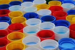 materiales-construccion-sostenible-plastico