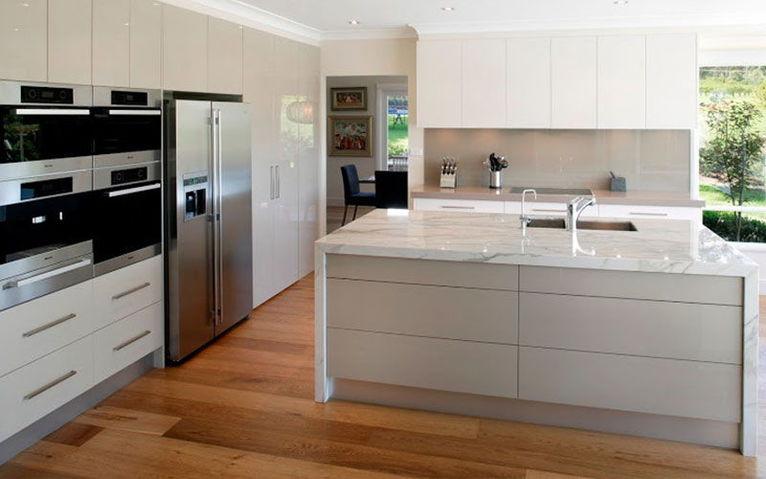 suelos-laminados-cocinas-modernas-reformas