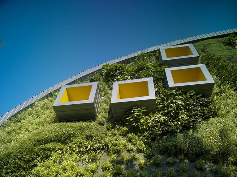 fachadas-vegetales-jardines-verticales