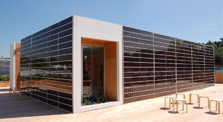 fachada-paneles-fotovoltaicos