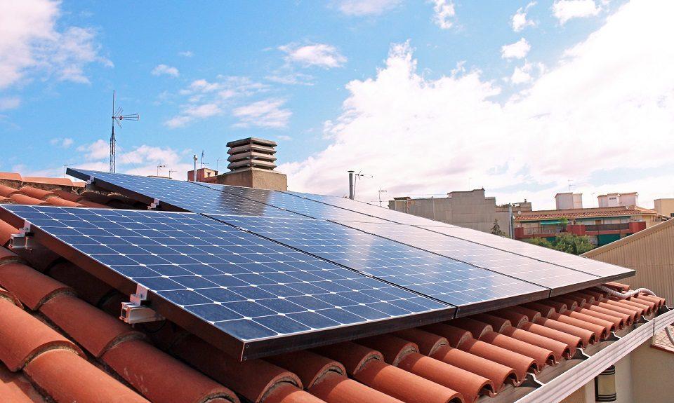 como-tramitar-instalacion-placas-solares-autoconsumo