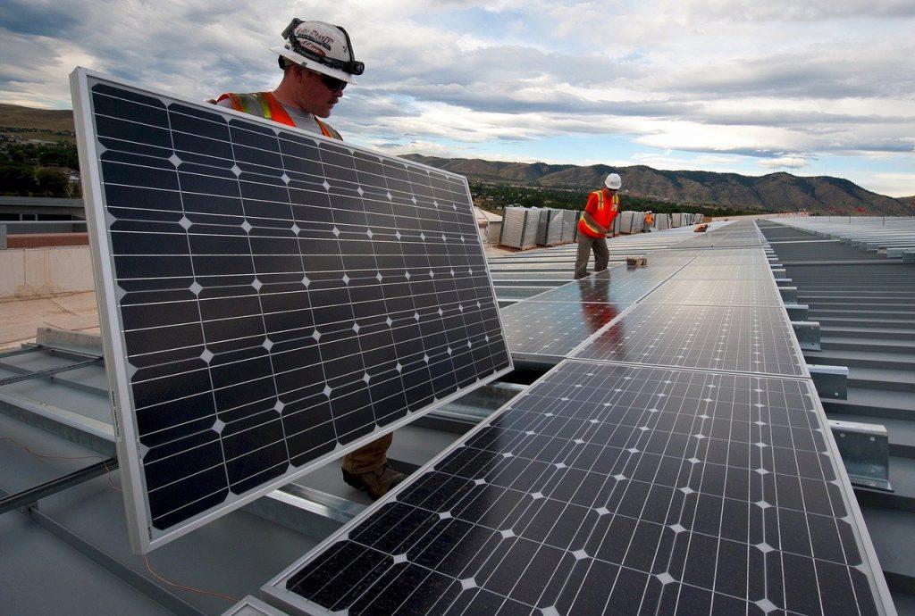 instalar-placas-solares-naves-industriales
