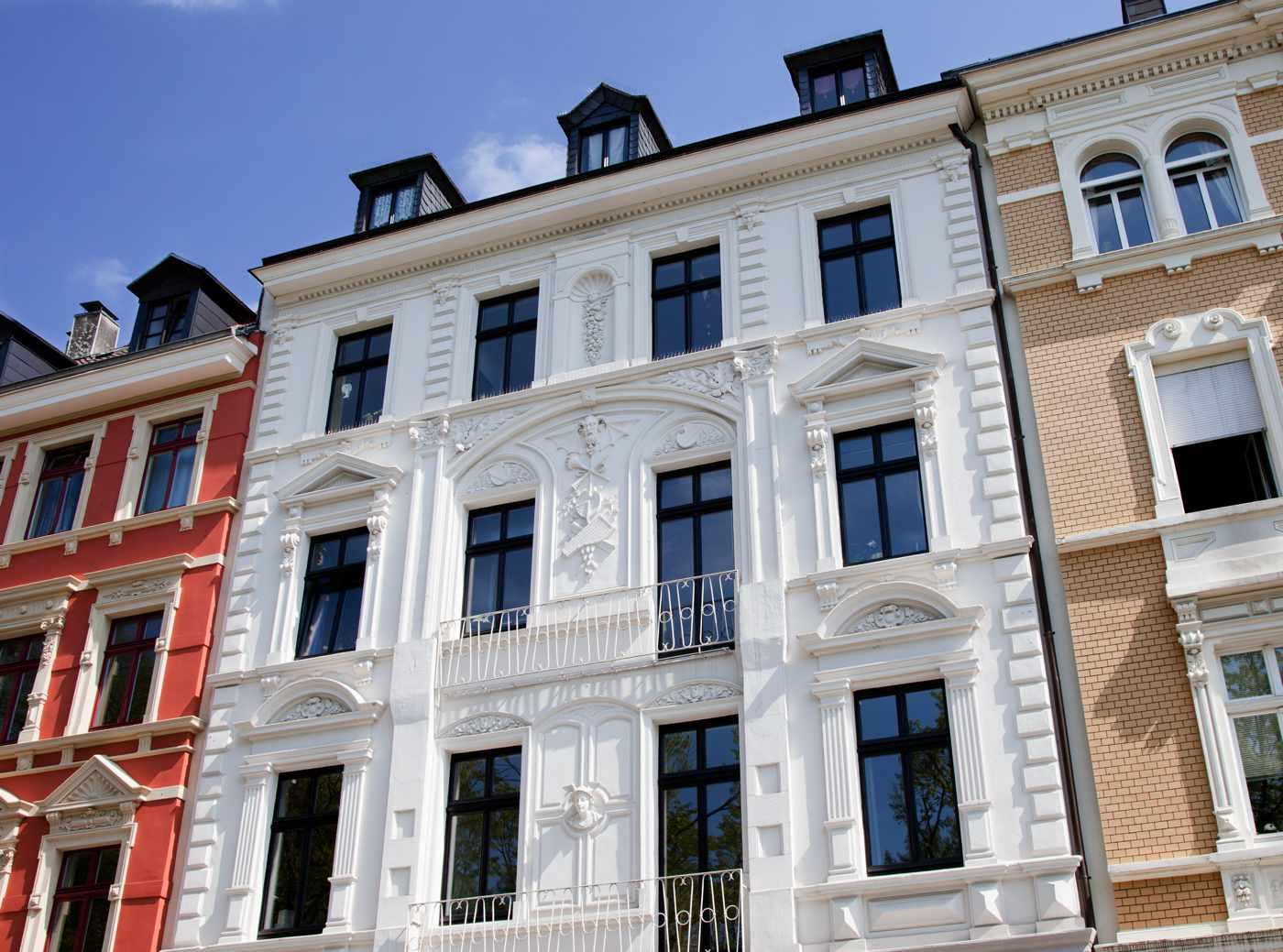 rehabilitacion-fachadas-aislante-termico-edificios-antiguos