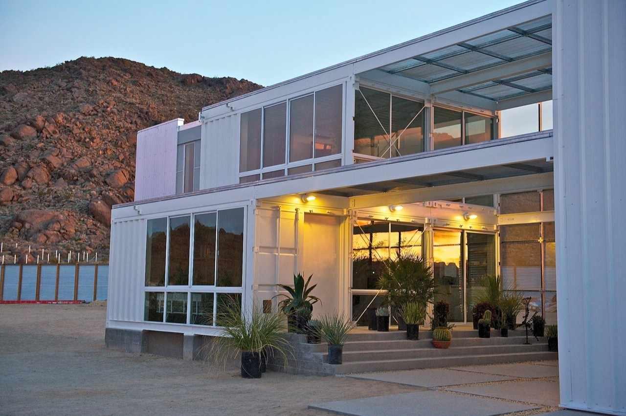 fachada-modelo-contenedor-tim-palen-studio