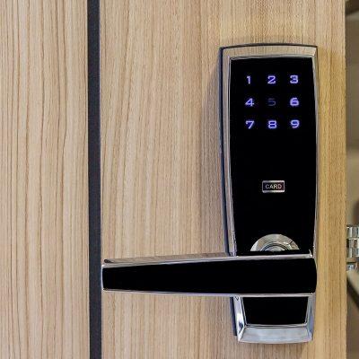 como-proteger-vivienda-cerradura-electronica
